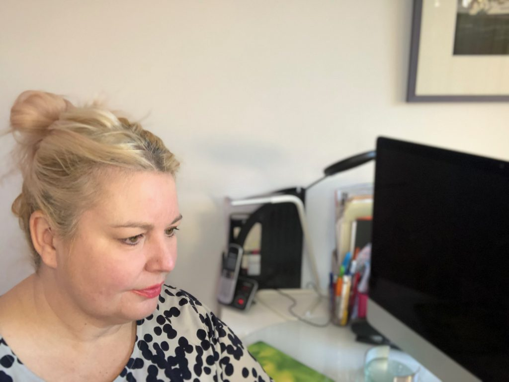 Dr. Jo North doing online business growth